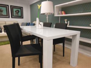 Het Design Entrepot hoogglans witte eettafel aanbieding