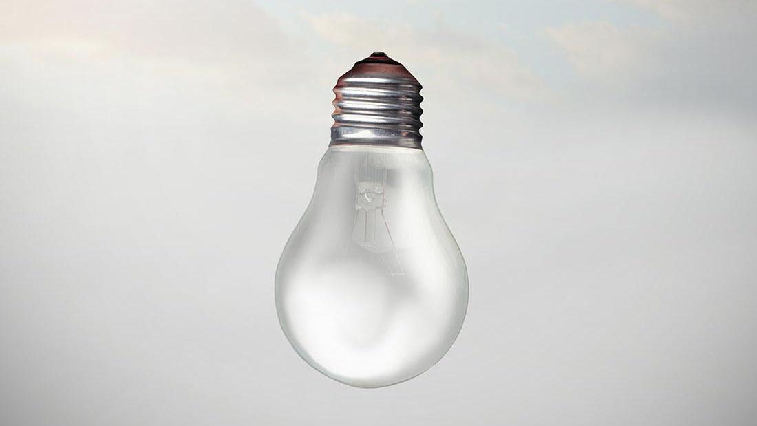 Spot aan! Dit zijn de gezondste retro bureaulampen